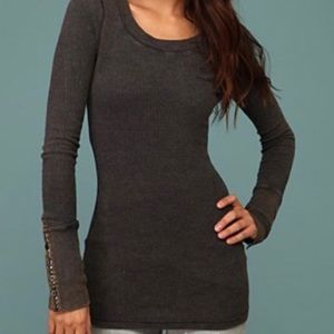 FREE PEOPLE Navy Studded Sleeve Thermal Top Medium
